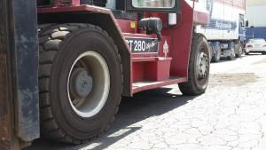 Fork Hoist Tyres Big Red